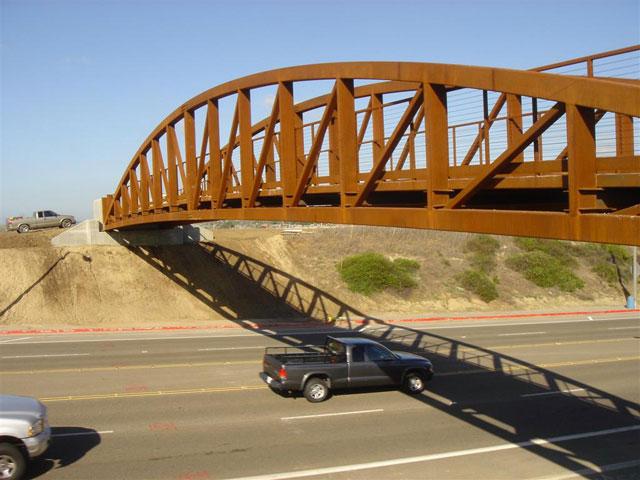 pedestrian bridge in Costa Mesa, CA